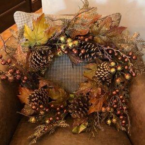 Beautiful fall wreath nwot
